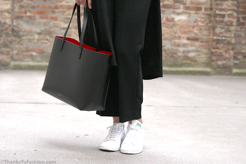 Mansur Gavriel Bag Austrian Blogger Chic And Casual Daster